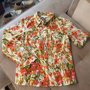 Jones New York size small floral blouse